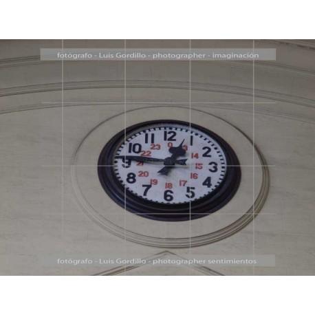 Estacion Fancia Reloj